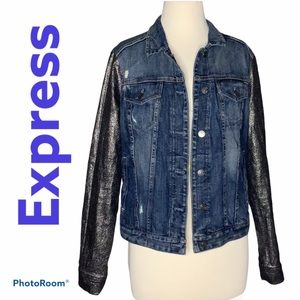 Express jean jacket denim size medium